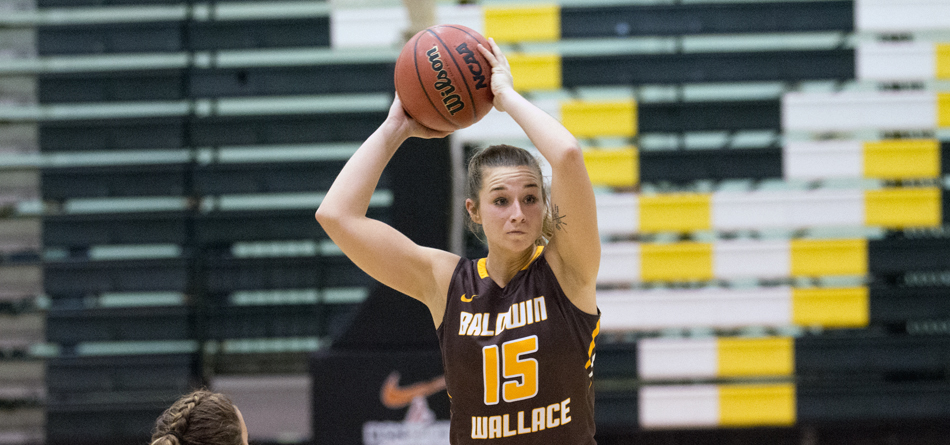 Senior two-time All-OAC guard Hannah Fecht had a game-high 17 points against Rochester (N.Y.)