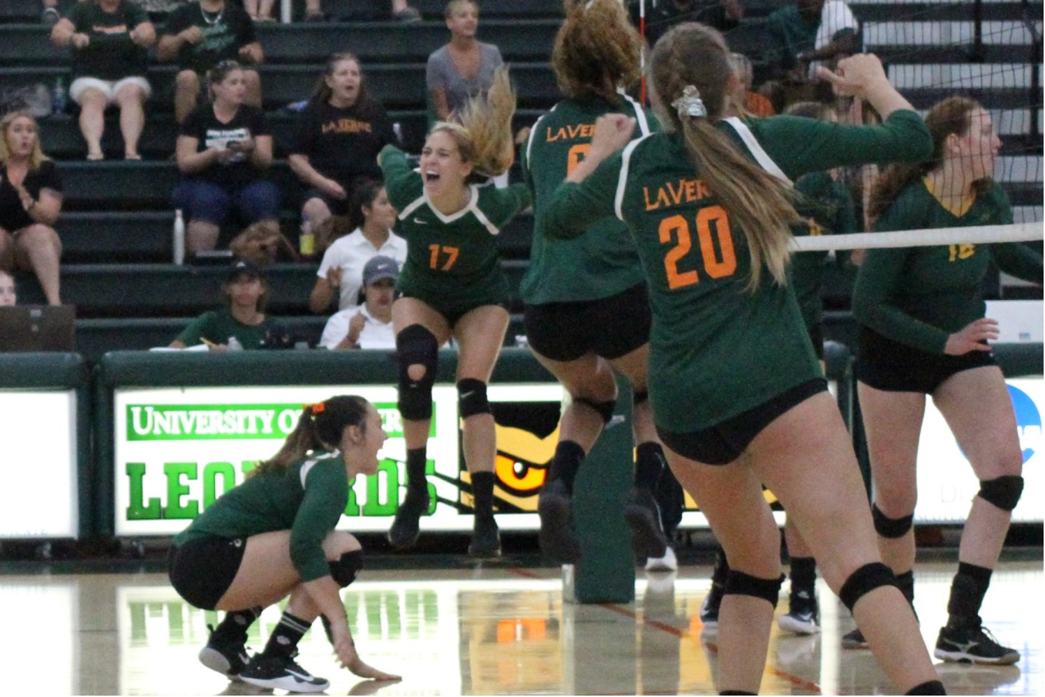 No. 25 Volleyball Finishes Pacific Coast Classic 4-0