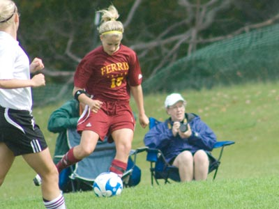 Kasey Ruimveld had one of the Ferris State's four shots on goal in Friday's road setback.