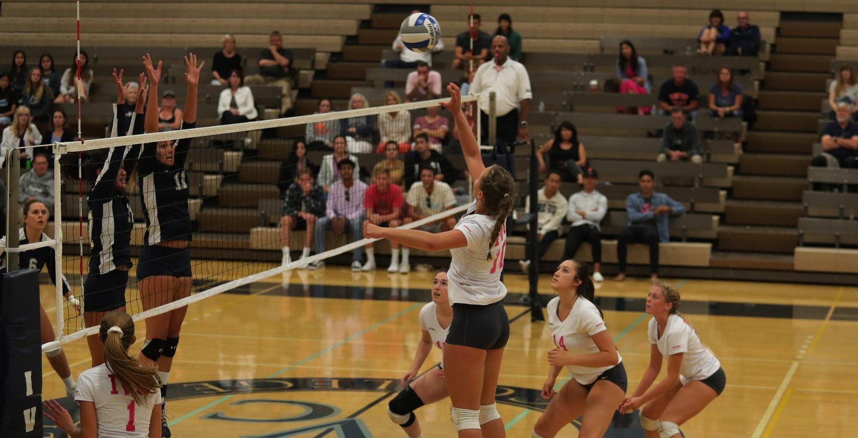 Volleyball team holds off Orange Coast for 38th win in a row