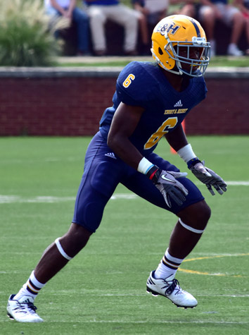 Emory & Henry Football Tops Randolph-Macon, 27-20, For Homecoming Day Win