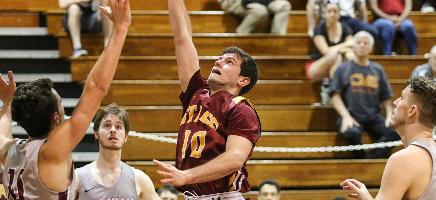 Scott Lynds dropped 20 in a CMS victory at Chapman.