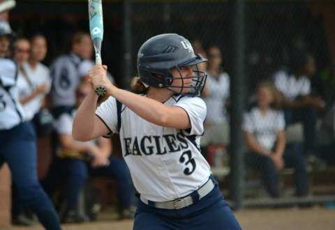 UMW Softball Edges Stevenson, 2-1, in CAC Tourney First Round