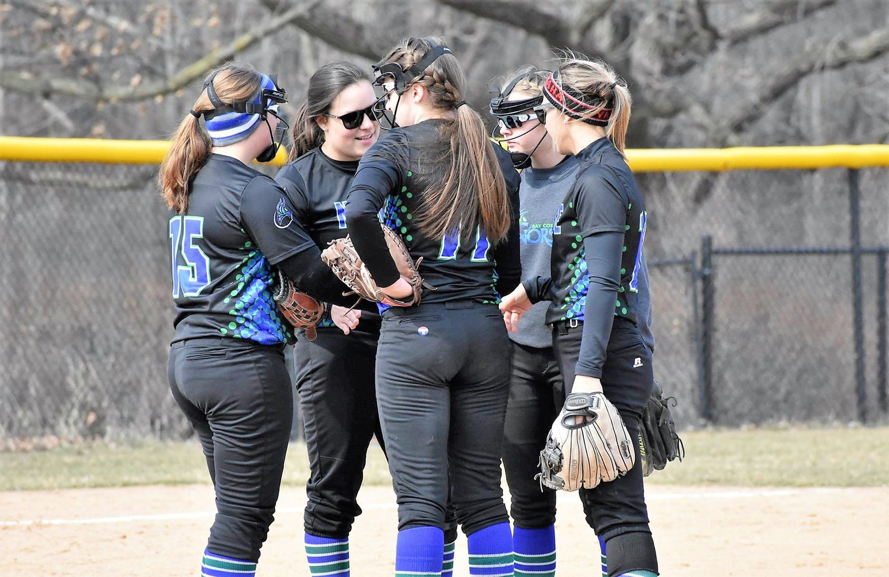 Bay Softball Bitten by Bobcats