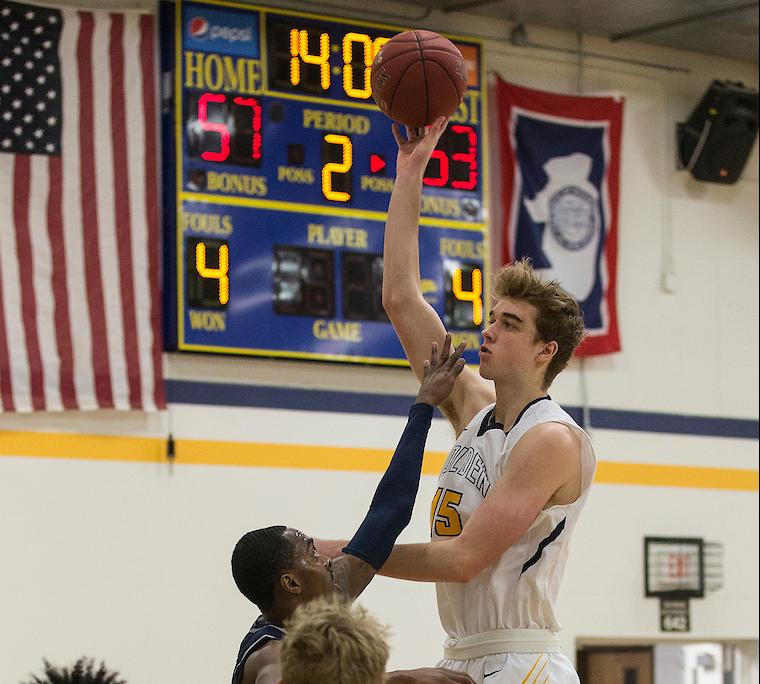 LCCC Falls On Road to Northeastern JC, 71-55
