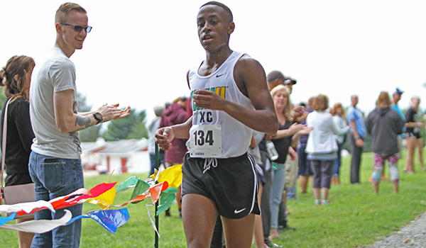 Two Top Five Finishes Lead Wilmington Cross Country at Don Cathcart Invitational