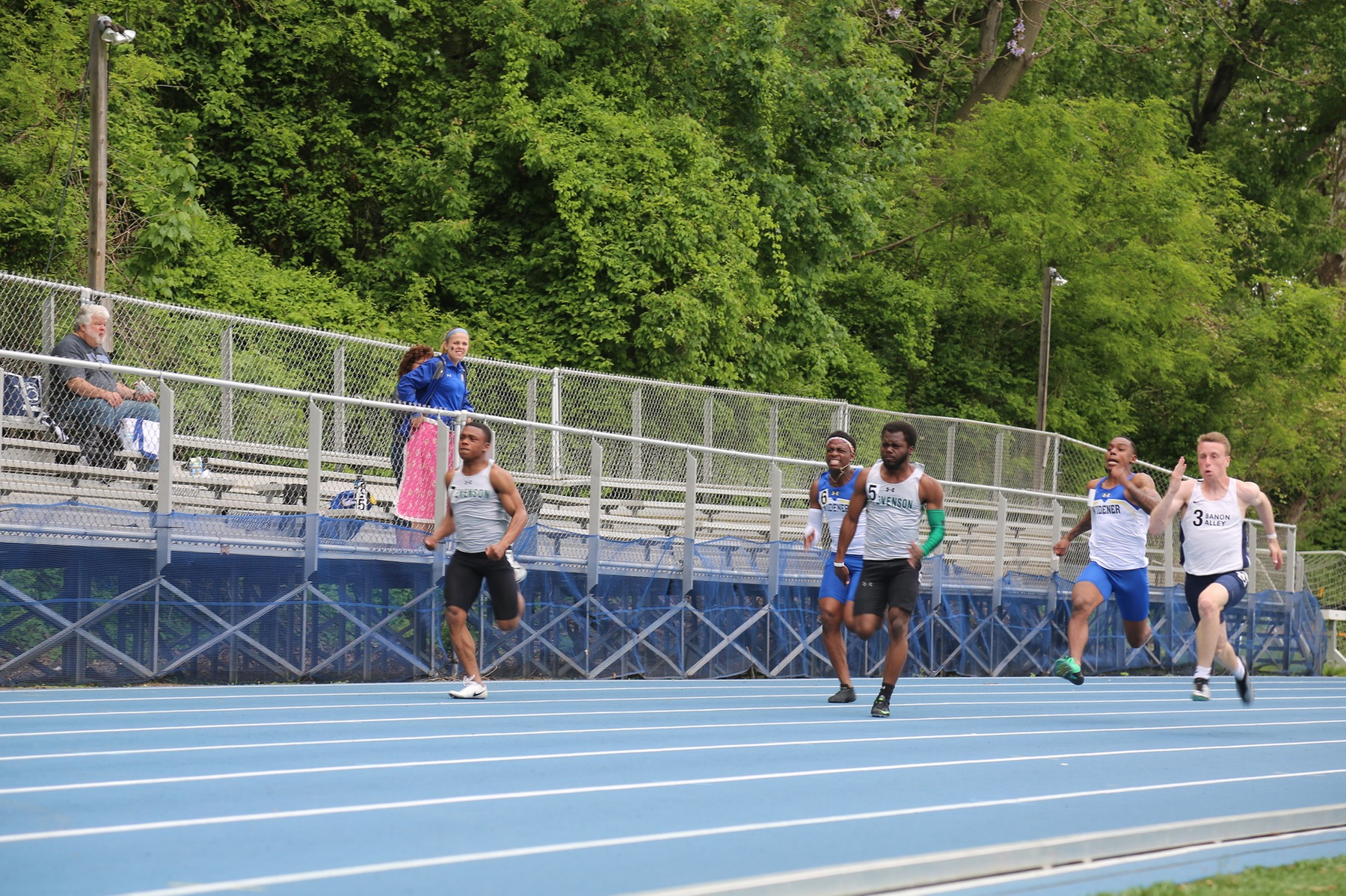 Davis, Belser Finish One-Two in 100 Prelims at AARTFC Championship