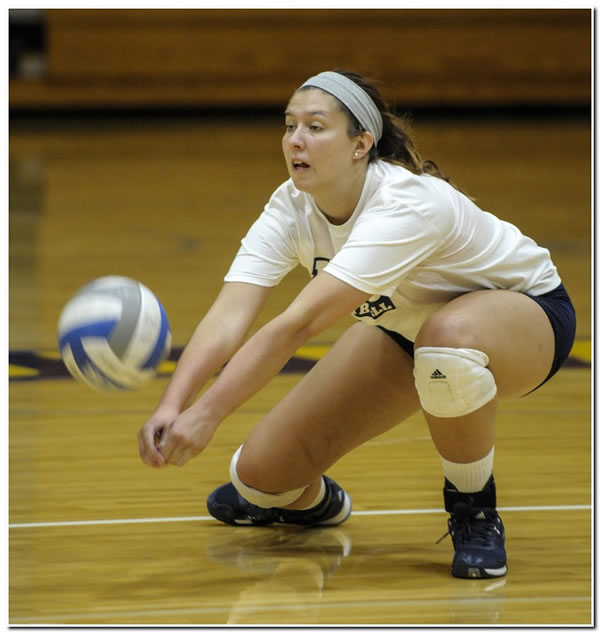 Mount women's volleyball team wins third straight match