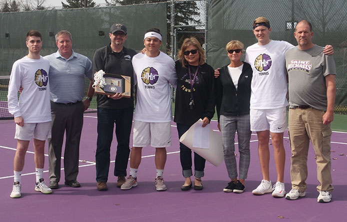 Men's Tennis Loses Senior Day Match to Stonehill