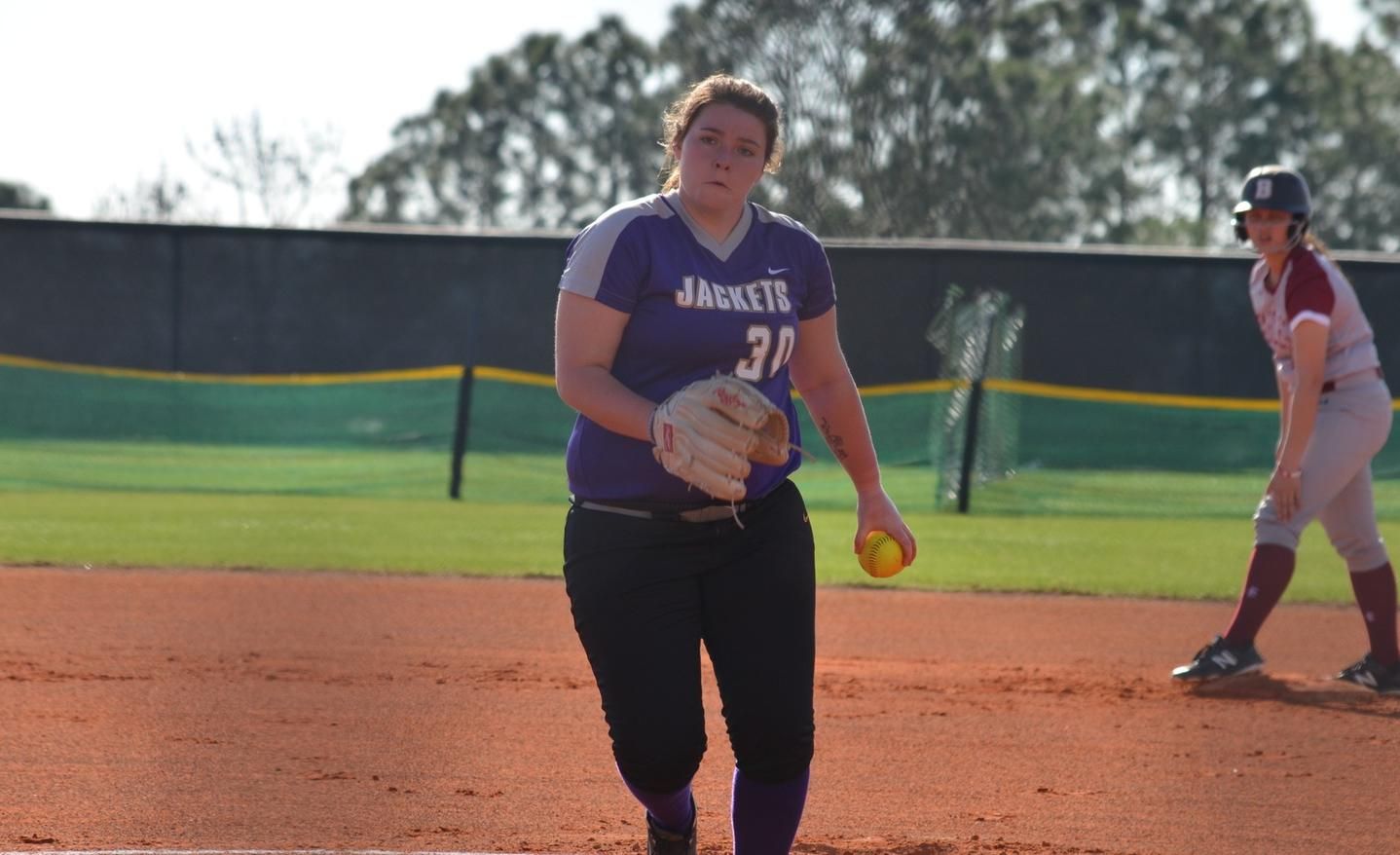 Softball Claims Exciting Double Header Split