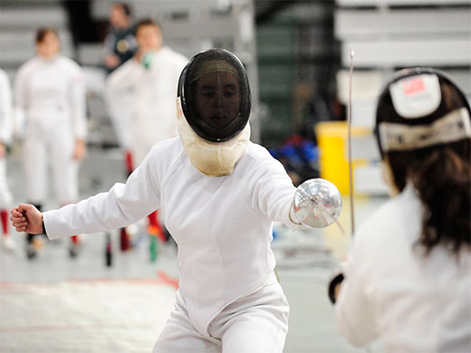 Dominating day for women's fencing