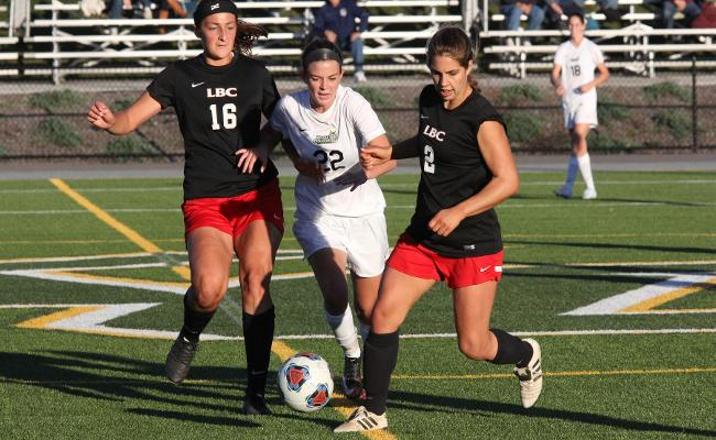 Women's Soccer Falls to Lancaster Bible College