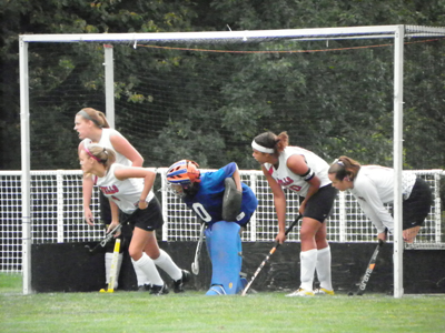 PRIDE HOLD ON TO DEFEAT WELLS FIELD HOCKEY