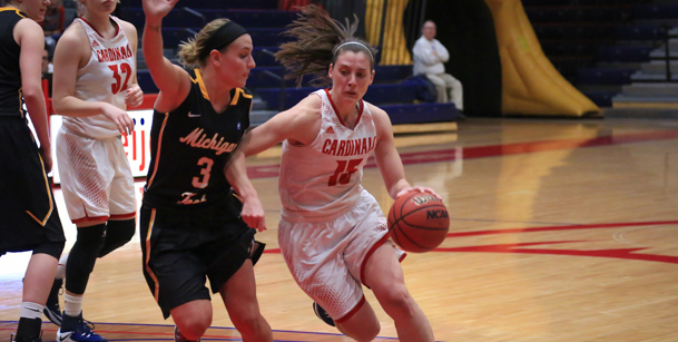Katelyn Carriere had season-highs of 25 points and 8 assists in Saturday's win over Michigan Tech...