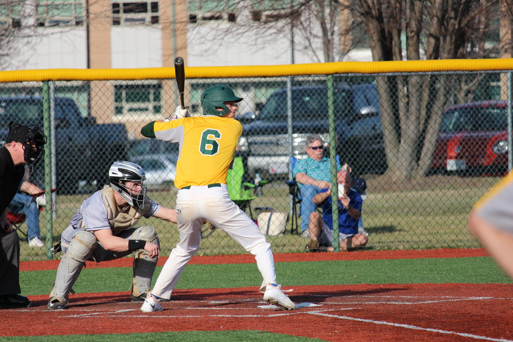 Baseball Extends Winning Streak