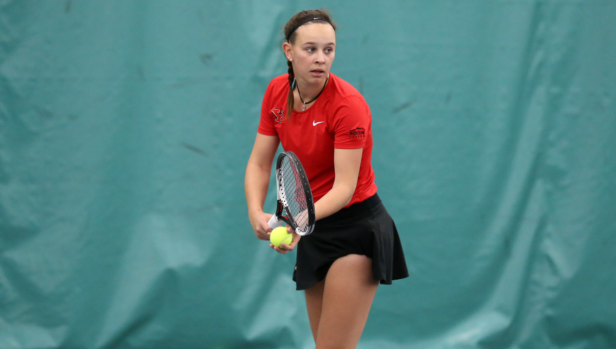 YSU Opens Horizon League Play With 7-0 Win Over Green Bay