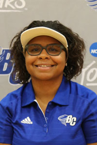 W. Golf: ZeAijah Mooney
