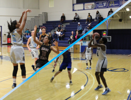 Men's, Women's Basketball Come Out Victorious in Season Opener