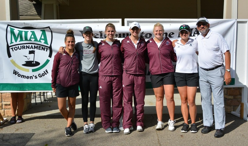 Women's Golf Finishes Fourth in MIAA, Earns Spot in NCAA Qualifier