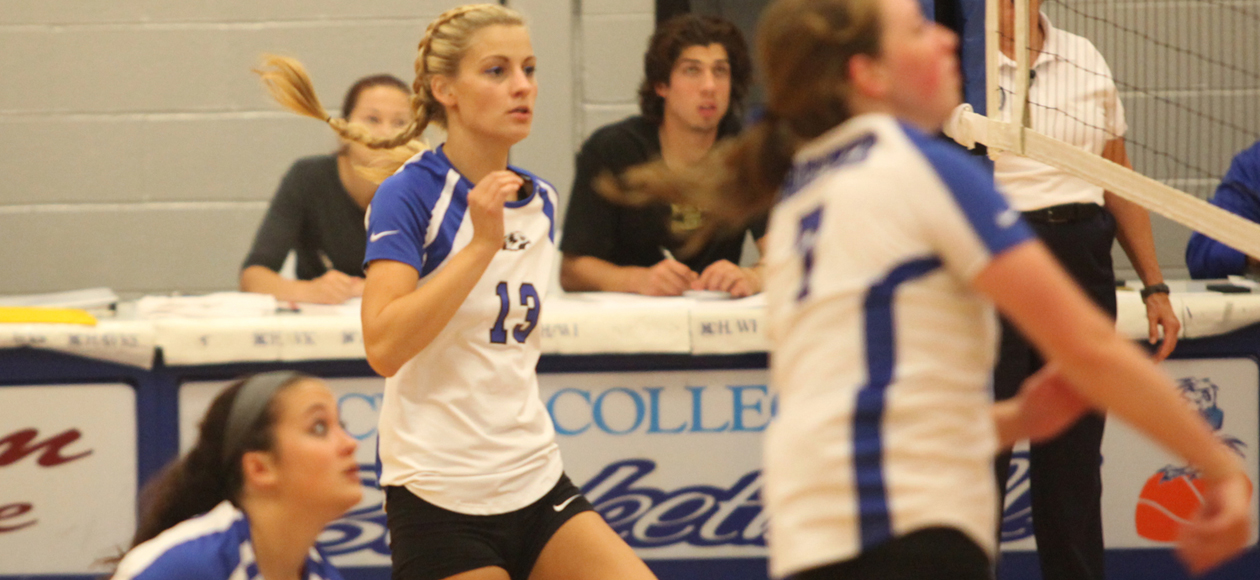 Volleyball Splits Tri Match With 3-0 Win Over Mass Maritime