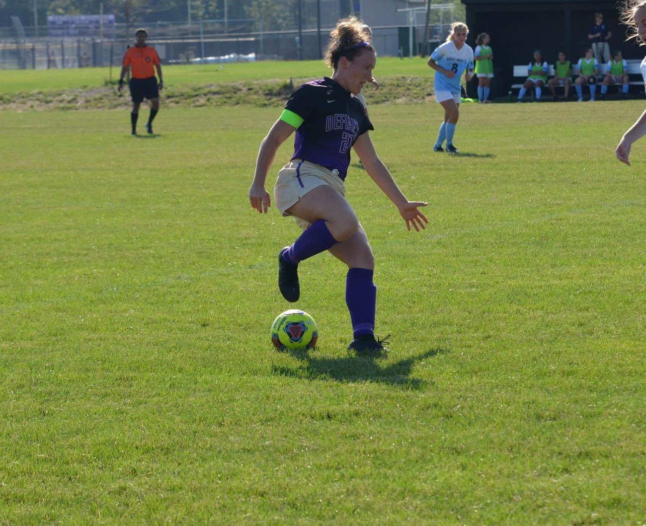 Women's Soccer Edged by Ravens