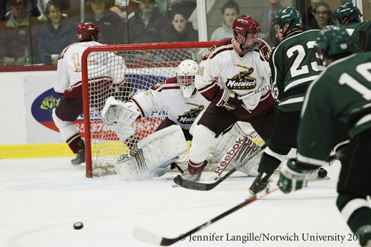 Men's Hockey: Cadets take 'Battle of Vermont' showdown 3-2 over Castleton
