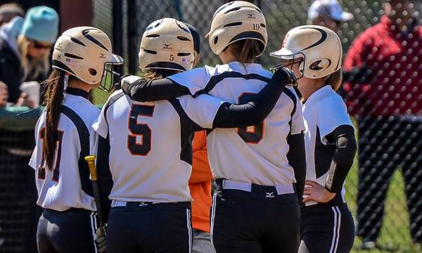 Softball DH against Lander moved up to Thursday