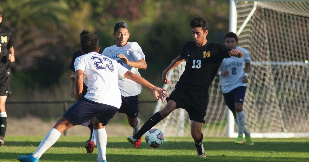 Men's Soccer Upends Yuba College 3-2