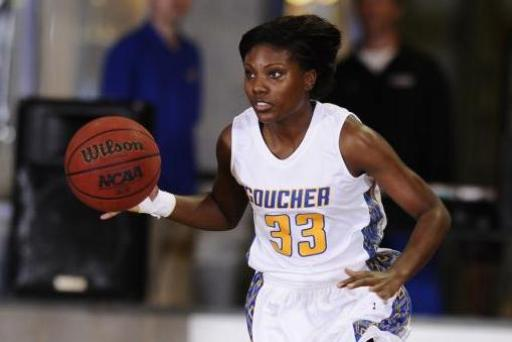 No. 17 Eagles Pull Away from Gophers with 17-0 Run