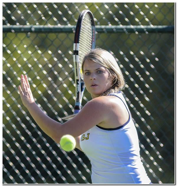 Mount women's tennis team posts 7-2 win at HCAC-rival Defiance College