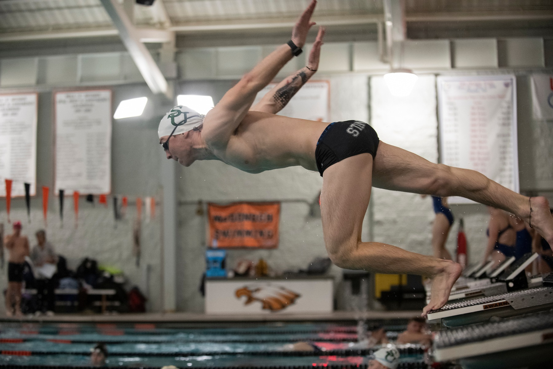 Brown Wins 1000 Yard Freestyle in Loss to King's (Pa.)