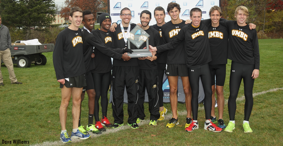 Men's Cross Country Holds on to No. 10 Spot in Latest USTFCCCA Poll
