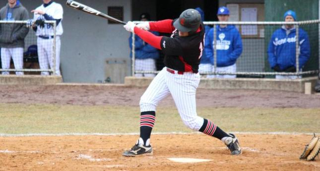 LC uses Long Ball to Sweep Emory & Henry