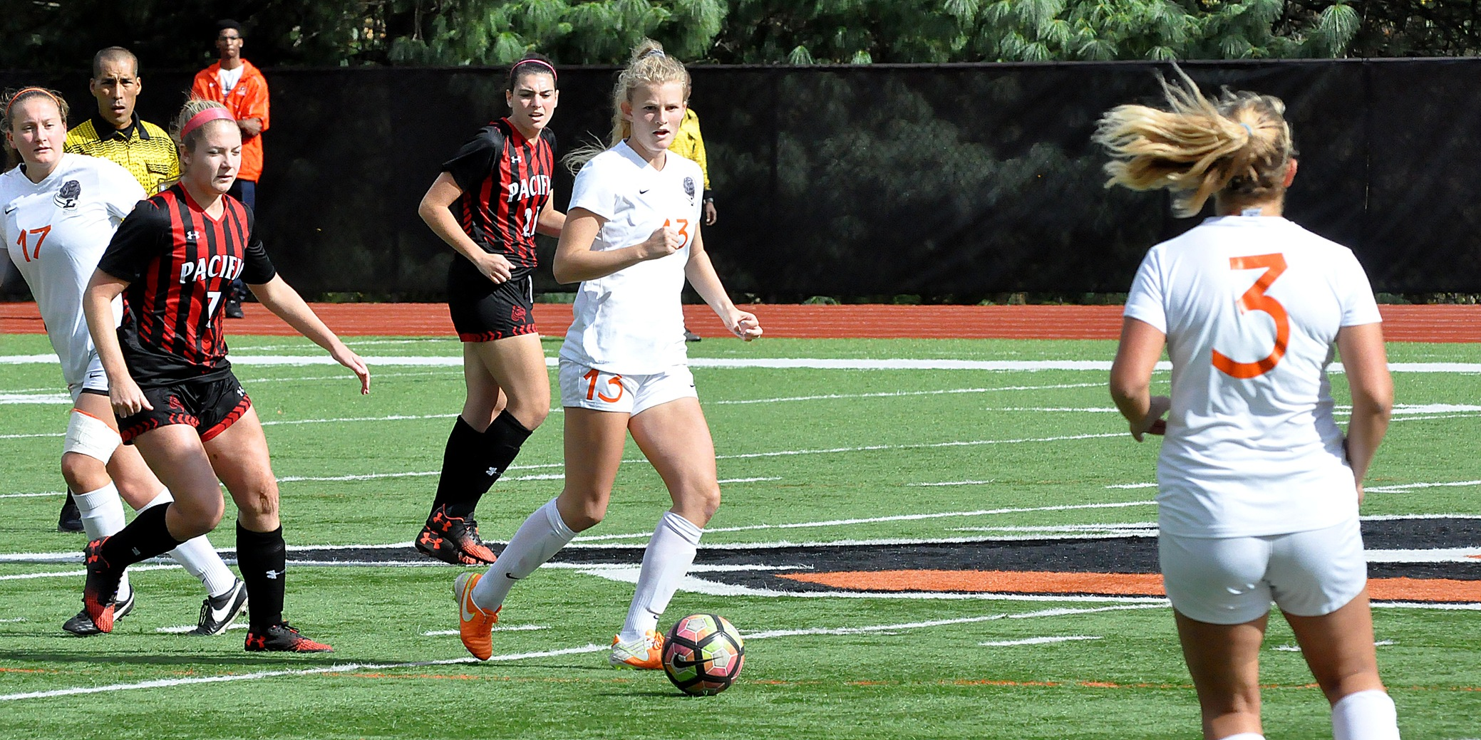 Late goals help Pios end winless skid