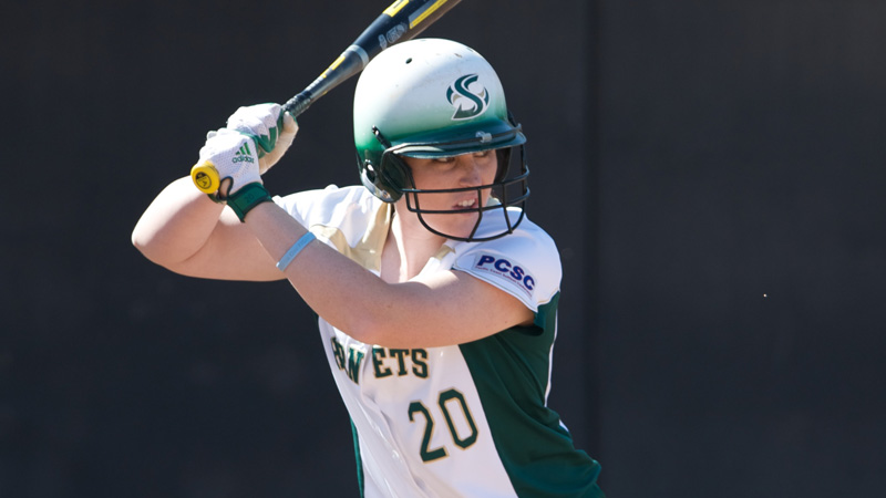 SOFTBALL SQUANDERS BIG LEAD, FALLS TO PORTLAND STATE, 6-5, IN 9 INNINGS