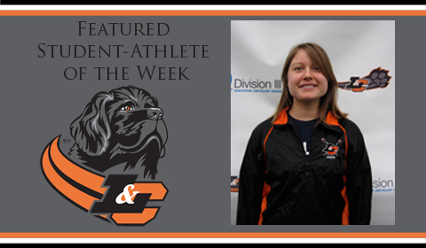 Laura Nash Selected Lewis & Clark Featured Student-Athlete of the Week