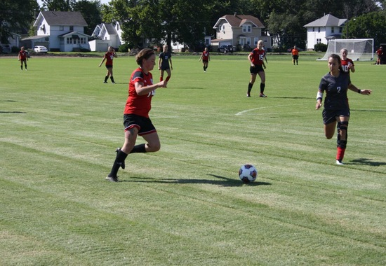 Women's Soccer Rolls Over Lincoln Christian