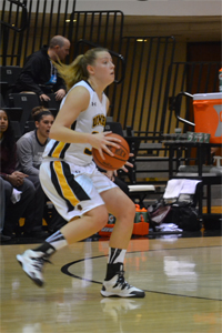 Women's Basketball Downed by UMES, 68-45
