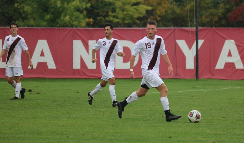 Men's soccer loses on the road