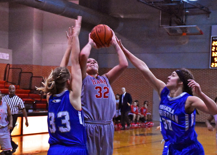 Juliette Harp led Huntingdon with 24 points and 16 rebounds in Tuesday's night's win over Pensacola Christian.