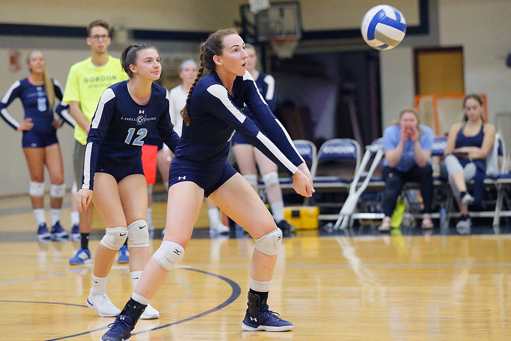 Lasell Women's Volleyball down Norwich for GNAC road victory