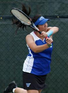 Wellesley Tennis Handles Clark in NEWMAC Clash