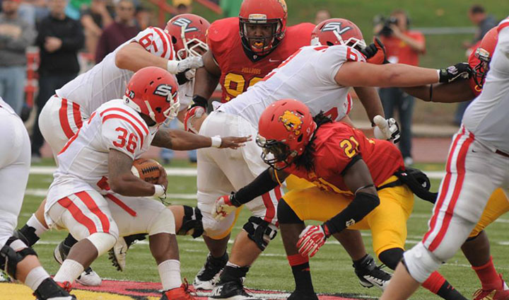 Late Bulldog Rally Not Enough As SVSU Holds Off FSU In GLIAC North Showdown