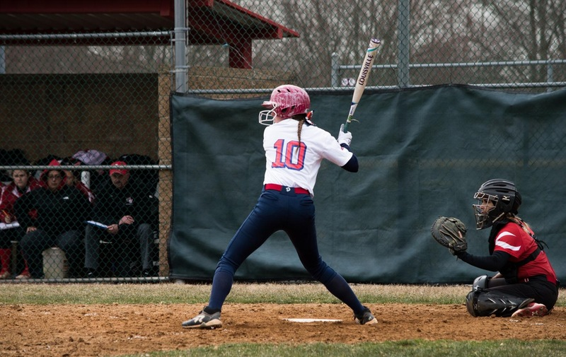 Softball Falls to Post Eagles in CACC Doubleheader