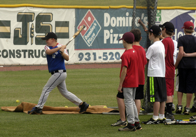 Golden Eagle Baseball hosts Summer Camp