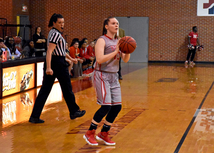 Hannah Parks had 10 points and three assists in Friday's 58-55 win over Covenant.