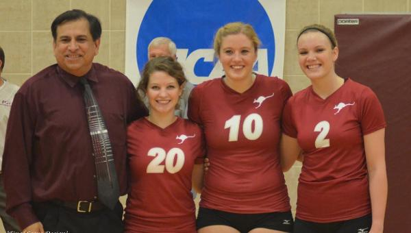 Volleyball Celebrates Senior Night with 3-0 Victory
