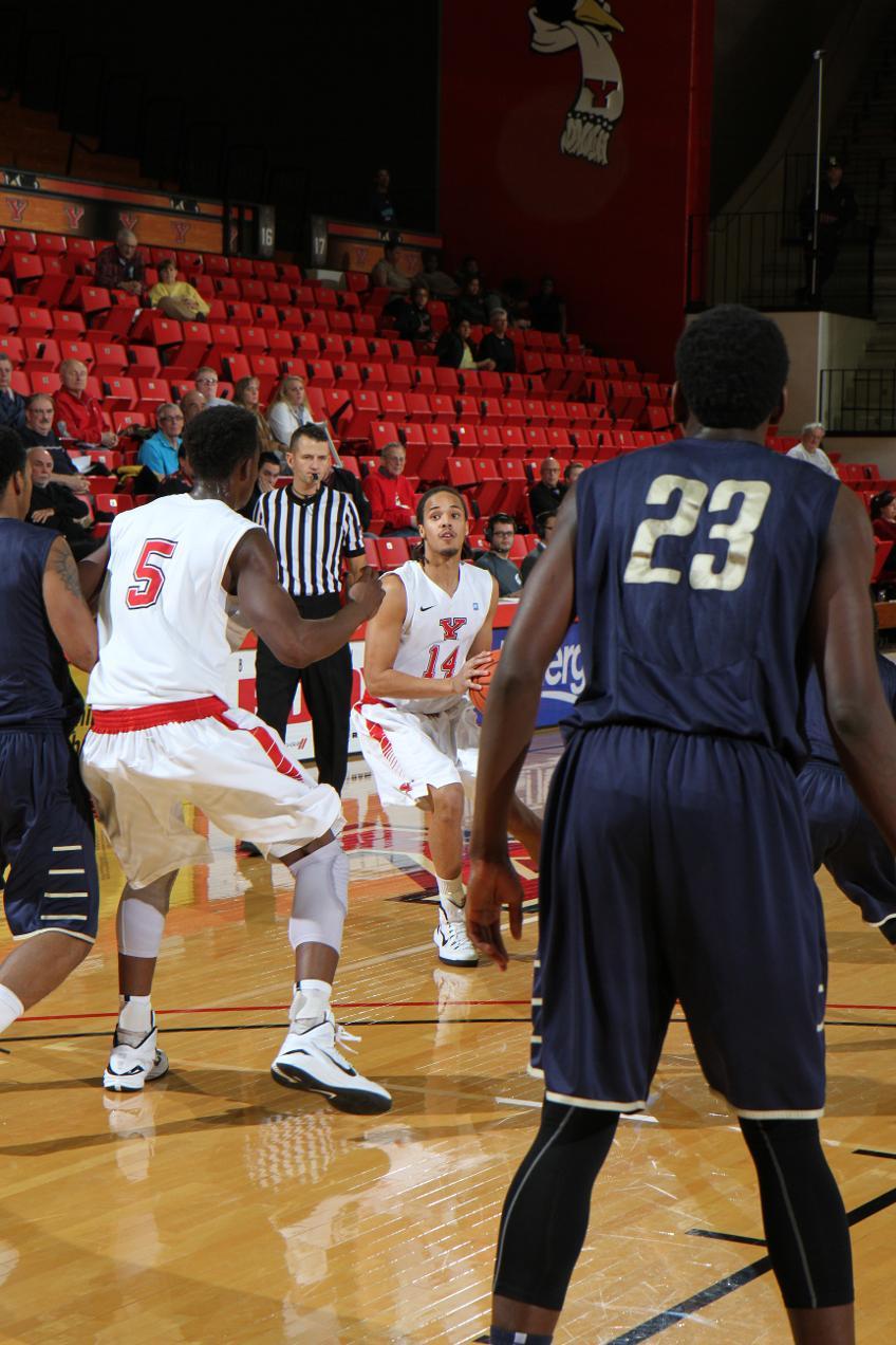 YSU Men's Basketball vs. Thiel   Dec. 7, 2014 - Youngstown State