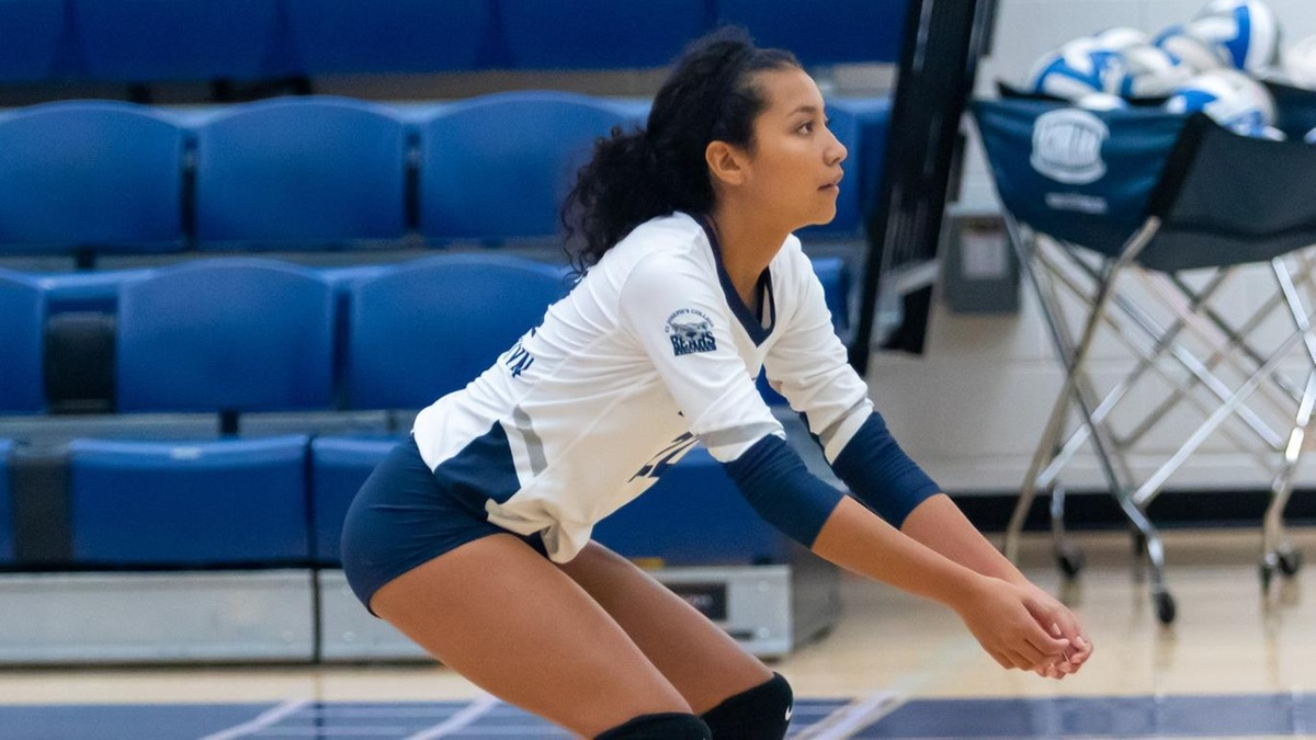 Morales Matches Season High in Digs in Women's Volleyball Loss to SJC Long Island