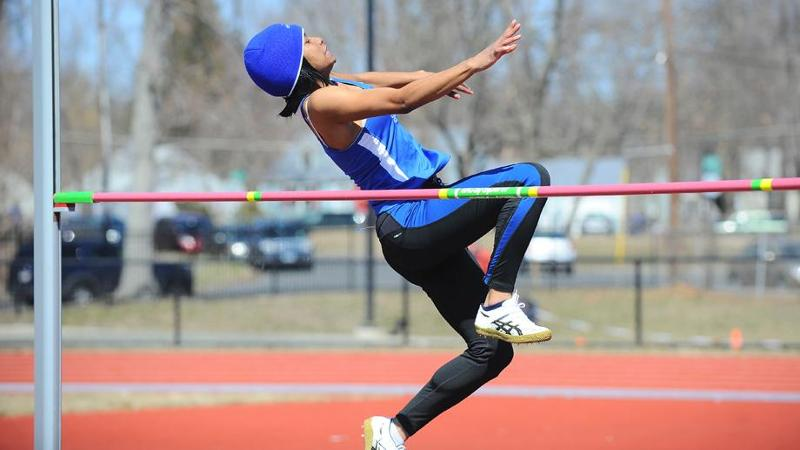 Women Compete at UMASS Saturday